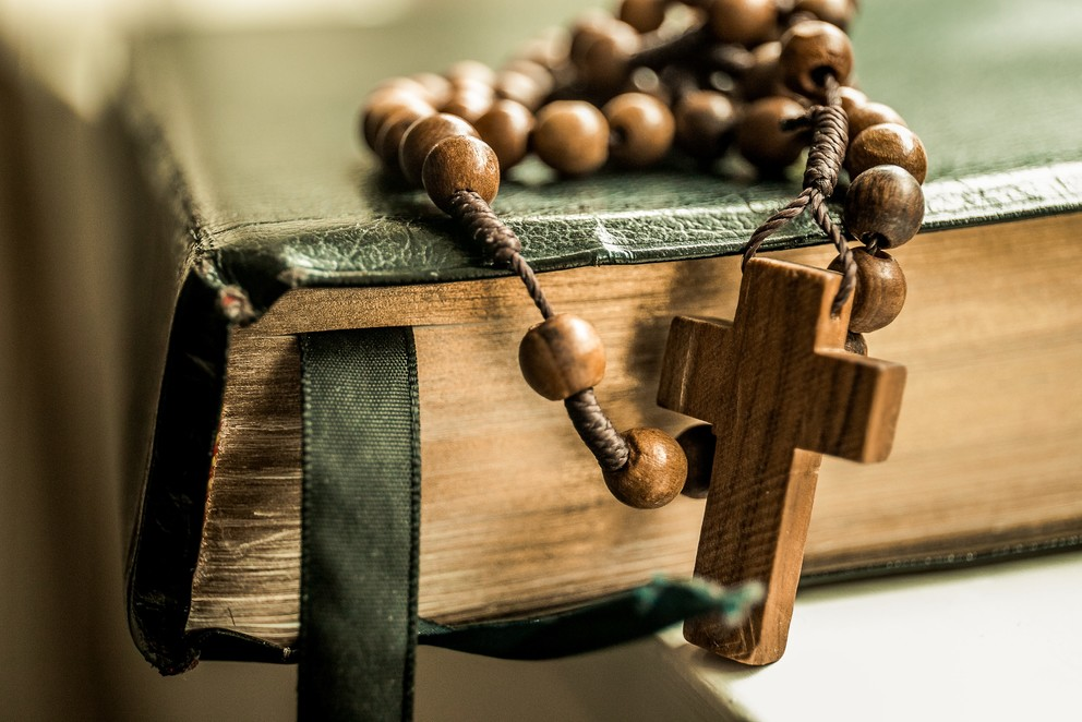 How to Pray the Rosary Deeply: 5 Strategies That Really Help